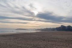 Sardinero海滩,冬天 库存照片