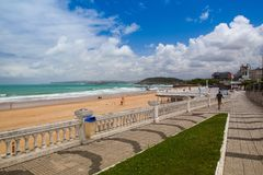 Sardinero strand i Santander, Cantabria, Spanien Arkivfoton