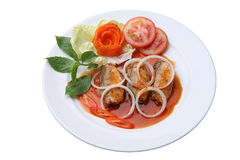 Sardines en boîte par poissons épicés Photographie stock libre de droits