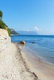 Sardinian kust på Golfo Aranci, Italien. Arkivfoton