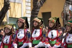 Sardinian typiska dräkter Arkivfoton