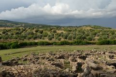 Sardinien, Italien Ländliche Landschaft durch drastisches Wetter Stockfotos