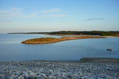 Sardismeer en eiland stock fotografie