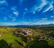 Sare Frankrike i baskiskt land på Spanjor-franska gränsar, den flyg- sikten royaltyfri foto