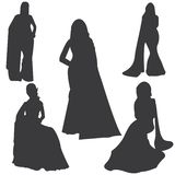 Saree Aziatische vrouwen die silhouetvector kleden royalty-vrije illustratie