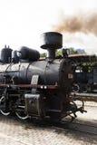 Sargan Vitasi, Serbien, am 17. Juli 2017: Ausführliche Ansicht einer rauchenden Dampflokomotive Stockfotos
