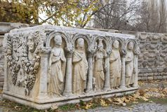 Sarkofag z ulgami przy ruinami Aphrodisias Antyczny miasto Aydin, Turcja,/ obraz stock