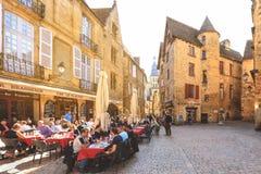 Sarlat mooie stad die bij zuidwesten van Frankrijk wordt gevestigd royalty-vrije stock foto