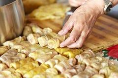 Sarmale en rumänsk traditionell maträtt Royaltyfri Bild