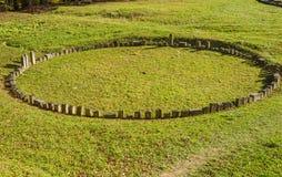 Sarmizegetusa Regia - santuario antico 2 di legno e della roccia Immagini Stock
