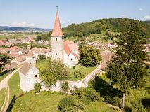 Saros pe Tarnave, stärkt kyrka, Transylvania, Rumänien medie arkivfoto