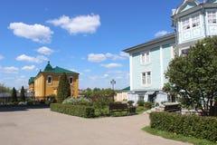 Sarov六翼天使在三位一体六翼天使Diveevo修道院里在Diveevo,俄罗斯 免版税图库摄影