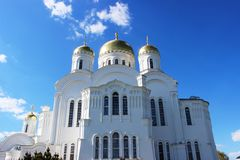 Sarov六翼天使在三位一体六翼天使Diveevo修道院里在Diveevo,俄罗斯 免版税库存图片