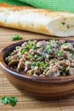 Sarrasin avec les champignons de couche et le parsle Photo libre de droits