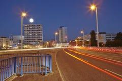 Sarrebruck - ville à l'heure bleue photo libre de droits