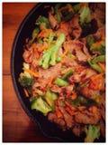 Sartén de la carne de vaca del bróculi Foto de archivo libre de regalías