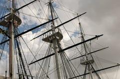 Sartiame della barca a vela e dell'albero Fotografie Stock Libere da Diritti