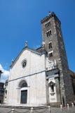 Sarzana domkyrka i Sarzana, Liguria, Italien Arkivfoto