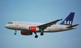 SAS Airbus 319 lands Royalty Free Stock Images