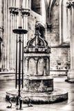 Sas Chrzcielna chrzcielnica w studni katedrze HDR Obraz Stock