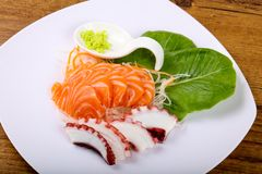 Sashimi σολομών και χταποδιών Στοκ Εικόνες