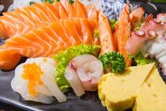 Sashimi ajustado na placa Fotografia de Stock