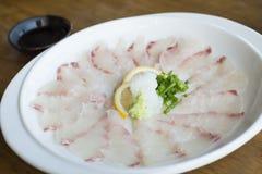 Sashimi de Kampachi avec de la sauce à Shoyu Photos libres de droits