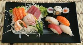 Sashimi del sushi de la mezcla Foto de archivo