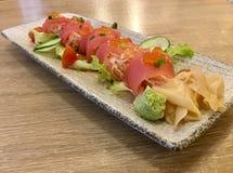 Sashimi del tonno con il ravanello Sashimi squisito Fotografie Stock