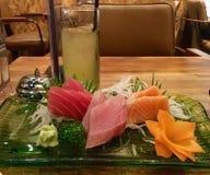 Sashimi e verde Imagens de Stock Royalty Free