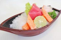 sashimi för japansk mix för fartyg tjänad som plastic Royaltyfri Fotografi