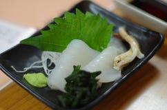 Sashimi giapponese del calamaro Immagini Stock