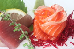 Sashimi Set 1. Sashimi set consisting of salmon, tuna, hamachi and fish roe Royalty Free Stock Images