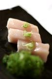 Sashimi sur le paraboloïde avec des Scallions Photographie stock