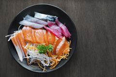 Sashimi sur le plat Photos stock