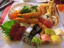 Sashimi, sushi, rollo de sushi, sushi mezclado, comida de los japans Fotos de archivo libres de regalías