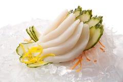 Sashimi tradicional do sushi em um fundo branco Fotografia de Stock