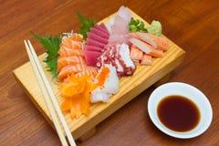 Sashimisatz der rohen Meeresfrüchte Stockfotografie