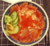 Sasimi saumoné avec du riz Photographie stock