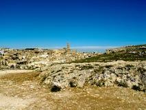 Sassi di Matera und blauer Himmel Stockfoto