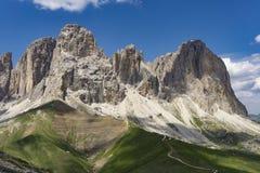 Sassolungo美妙的夏天视图  白云岩 意大利 免版税库存照片
