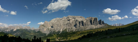 Sassolungo, dolomites, Italie Photo stock