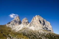 Sassolungo Passo Sella,白云岩意大利 免版税库存图片