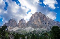 Sassolungo Sassopiatto Langkofel Dolomiti berg, Italien Royaltyfria Foton