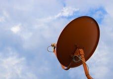 Satélite sob o céu Fotografia de Stock