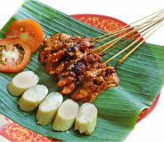 Sate o alimento legendário indonésio fotos de stock