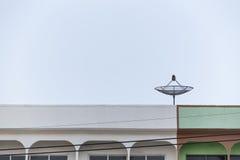 Satelitarna telewizi kablowa antena Zdjęcie Royalty Free