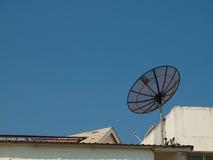 Satelitte zu Hause Lizenzfreies Stockbild