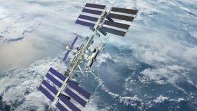 Satelliet die over aardeatmosfeer draaien stock video
