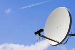 Satelliet en Vliegtuig Stock Afbeelding